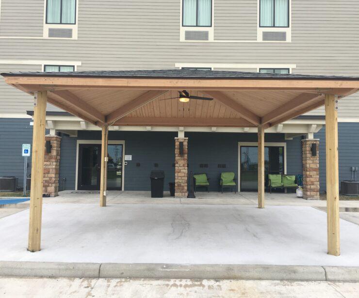 Laminated Wood Square Shelter